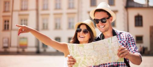 Allo studio di diversi Ministeri un bonus da 100 a 325 euro per chi verrà in vacanza in Italia.