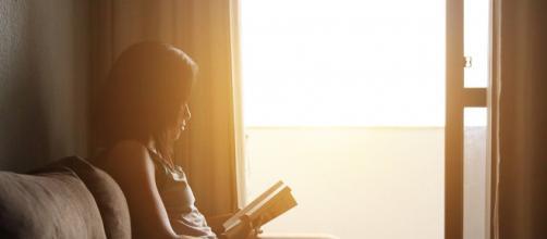 La fuente principal de vitamina D es la luz solar.