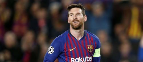 Messi conta atualmente com 33 títulos na carreira. (Arquivo Blasting News)
