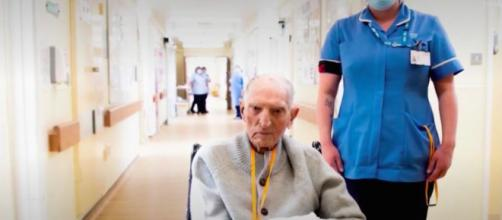 Albert Chambers, 99 ans, a survécu au coronavirus. Credit : France 3 Capture