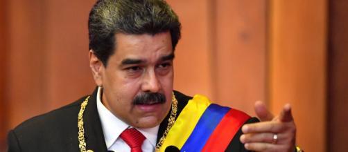 Bolsonaro é chamado de ''coronaloco'' por Nicolás Maduro. (Arquivo Blasting News)