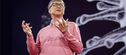 Gates durante la charla TED, sobre la predicción de la pandemia Covid-19.