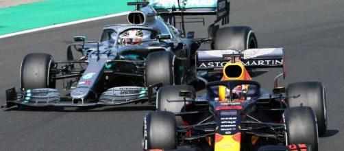 Hamilton e Verstappen fazem parte do top-6. (Arquivo Blasting News)