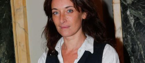 L'actrice Delphine Serina est morte à 49 ans - parismatch.com