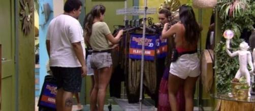 'BBB20': Brothers recebem figurino de festa que celebra o Top 10. (Reprodução/TV Globo)