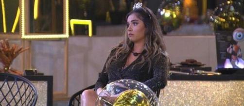 Gizelly chora em show online de Maiara e Maraisa. (Reprodução/TV Globo)