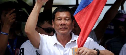 Nelle Filippine il Governo ha adottato una linea dura e violenta contro le violazioni del lockdown per il coronavirus.