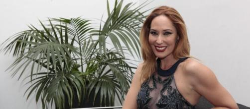 Rosario Mohedano ha querido dedicarle un tema a su madre en su nuevo disco.