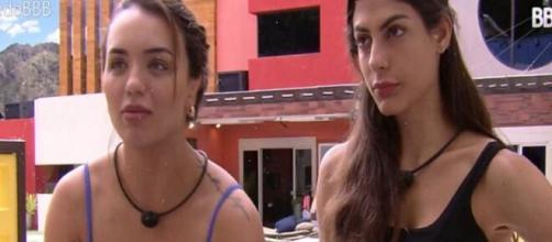 """""""BBB20"""": Rafa Kalimann diz que Mari Gonzalez é diferente fora do confinamento. (Reprodução/TV Globo)"""