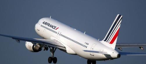 Coronavirus : la compagnie Air France créé la polémique