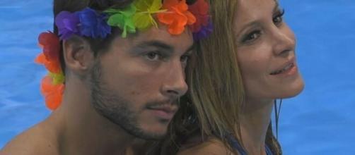 Andrea Denver parla del rapporto con Adriana Volpe.