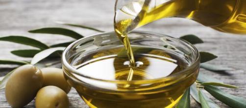 Azeite de oliva é um alimento essencial nos cuidados do coração. (Arquivo Blasting News)