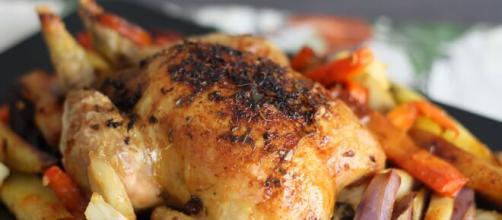 Galletti al forno dolci e speziati, un piatto semplice e ideale per ogni occasione.