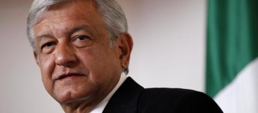 No México, presidente Andrés Manuel López Obrador critica traficantes que deram cestas básicas à população. (Arquivo Blasting News)