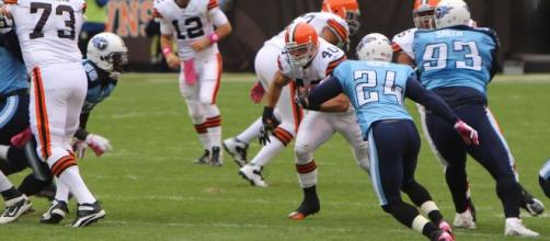 Peyton Hillis rushed for over 1,000 yards in 2010. [Image Source: Flickr | Devin McCallion]