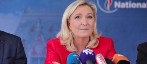 Pour Marine Le Pen le gouvernement ment dans sa gestion de crise du coronavirus. Instagram/marine_lepen