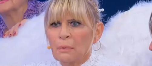 Uomini e Donne, Gemma nei guai: 'Occhi Blu' avrebbe usato la foto all'attore Armie Hammer
