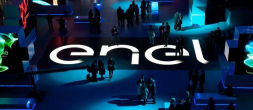 Enel Energia PLACET Variabile Luce Consumer, l'offerta con la tariffa legata al mercato
