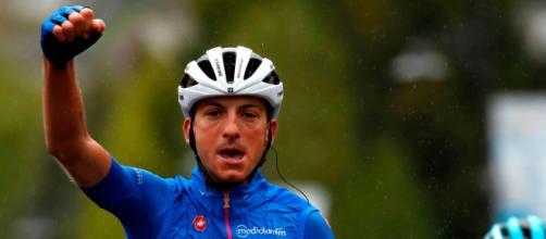 Giulio Ciccone ha superato più di diecimila metri di dislivello sui rulli