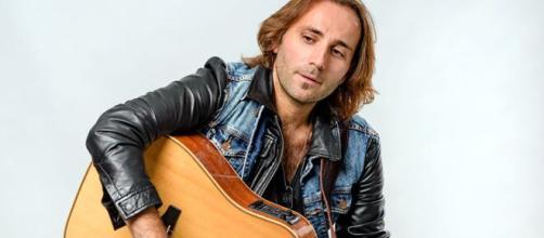 Il cantante abruzzese Alessio Creatura - foto di Stefano Cappelli