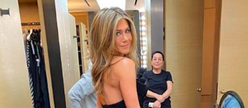 Jennifer Aniston met aux enchères une place pour assister au tournage de la série Friends. Credit : Instagram/jenniferaniston