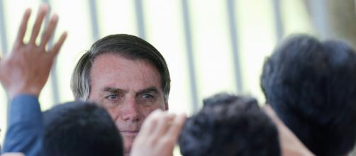 Bolsonaro corrige informação sobre pagamento de auxílio. (Arquivo Blasting News)