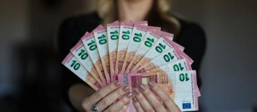 Bonus Campania 1000€ partite Iva, autonomi: iscrizioni aperte, dal 24 aprile l'istanza.