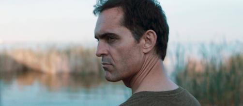 """""""O Silêncio do Pântano"""" é o novo filme com Pedro Alonso, de 'La Casa de Papel'. (Arquivo Blasting News)"""