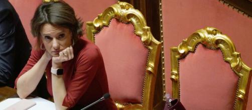 Bonus figli fino a 14 anni al vaglio del Governo con il decreto di aprile. La Ministra Elena Bonetti ha dichiarato di voler aiutare le famiglie.