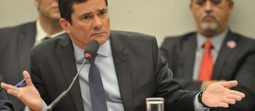 Moro pede demissão após exoneração de Valeixo. ( Arquivo Blasting News )