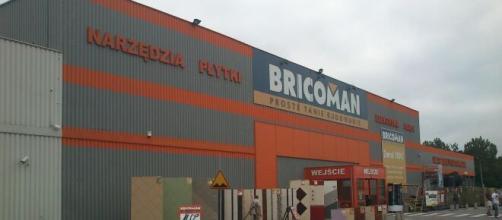 Offerte di lavoro: Bricoman cerca addetti vendita, logistica e cassa in Italia.