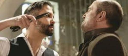 Una Vita, spoiler Spagna: Felipe aggredisce il Palacios dopo la sua scarcerazione