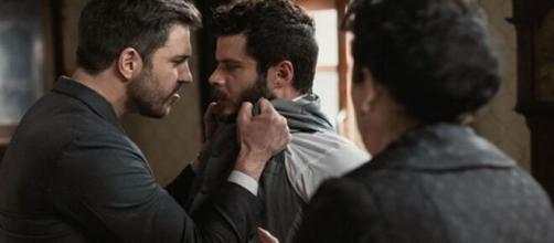 Una Vita, trame Spagna: Telmo si scaglia contro Eduardo per difendere Lucia.