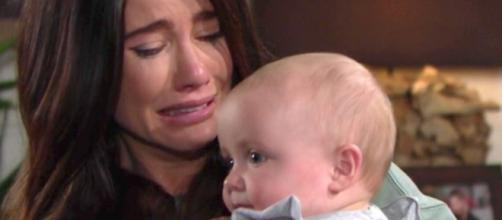 Beautiful, anticipazioni americane: Steffy rivede Beth e si sfoga con Hope.
