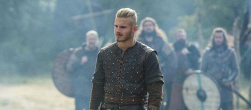 Bjorn é interpretado por Alexander Ludwig. (Reprodução/History Channel)