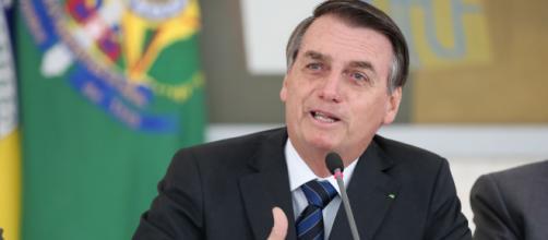 Bolsonaro e possíveis problemas com saída de Moro. (Arquivo Blasting News)