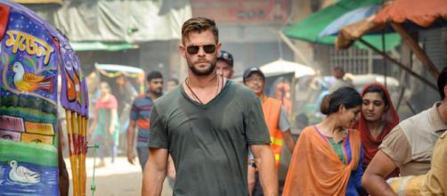 Chris Hemsworth em cena de 'Resgate' (Foto: Arquivo Blastingnews)