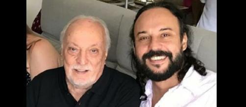Gabriel Pensador postou fotos ao lado do pai e da família. Foto: Arquivo Blasting News