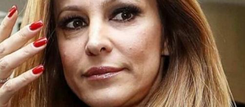 Adriana Volpe sulla distanza dal marito: 'In questo momento è concentrato sulle sue cose'.