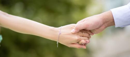 Alguns signos conseguem fazer com que a amizade vira um relacionamento. (Reprodução/Pixabay)