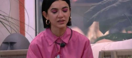 'BBB20': 'beijo pros três', diz Manu, em tom irônico, ao falar sobre brothers. (Reprodução/TV Globo)