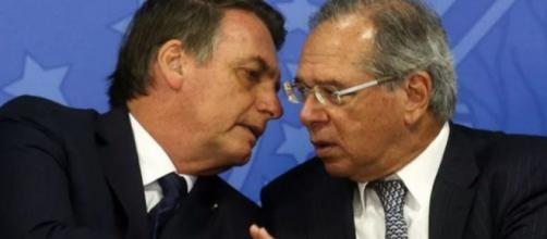 Bolsonaro afirma que Guedes é quem administra economia. (Arquivo Blasting News)