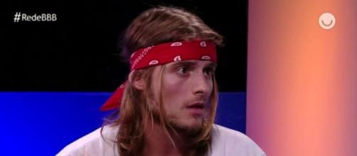 Daniel Lenhardt, após eliminação do BBB20; ex-brother revelou que já ficou com outro homem. ( Reprodução/TV Globo )