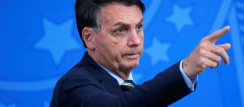 """""""E daí?"""", diz Bolsonaro após comentário a cerca da indicação de amigo ao comando da PF. (Arquivo Blasting News)"""