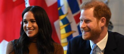 Harry e Meghan raccontano l'addio ai Royals dal loro punto di vista.