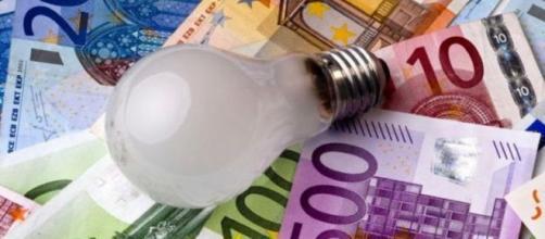 Luce 30 Spring di Enel Energia, sconto del 30 per cento sulla componente energia