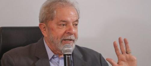 Lula ataca Moro e pede por calma em relação a impeachment de Bolsonaro. (Arquivo Blasting News)