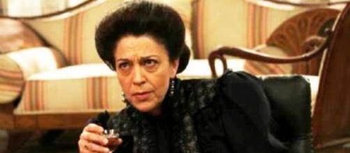 Spoiler Il Segreto: Donna Francisca ospite della Marchesa Isabel.