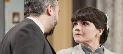 Una Vita, spoiler spagnoli: Felipe accusato di infedeltà a causa di Laura.