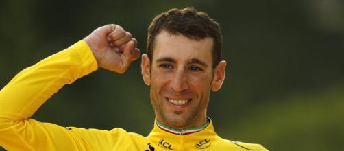 Vincenzo Nibali in maglia gialla al Tour de France 2014